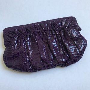 2/$30 🗝 Purple faux snakeskin clutch